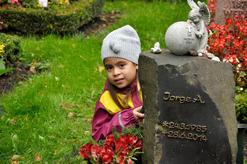 Hamburg_Friedhof_160917_0128_ret_WEB