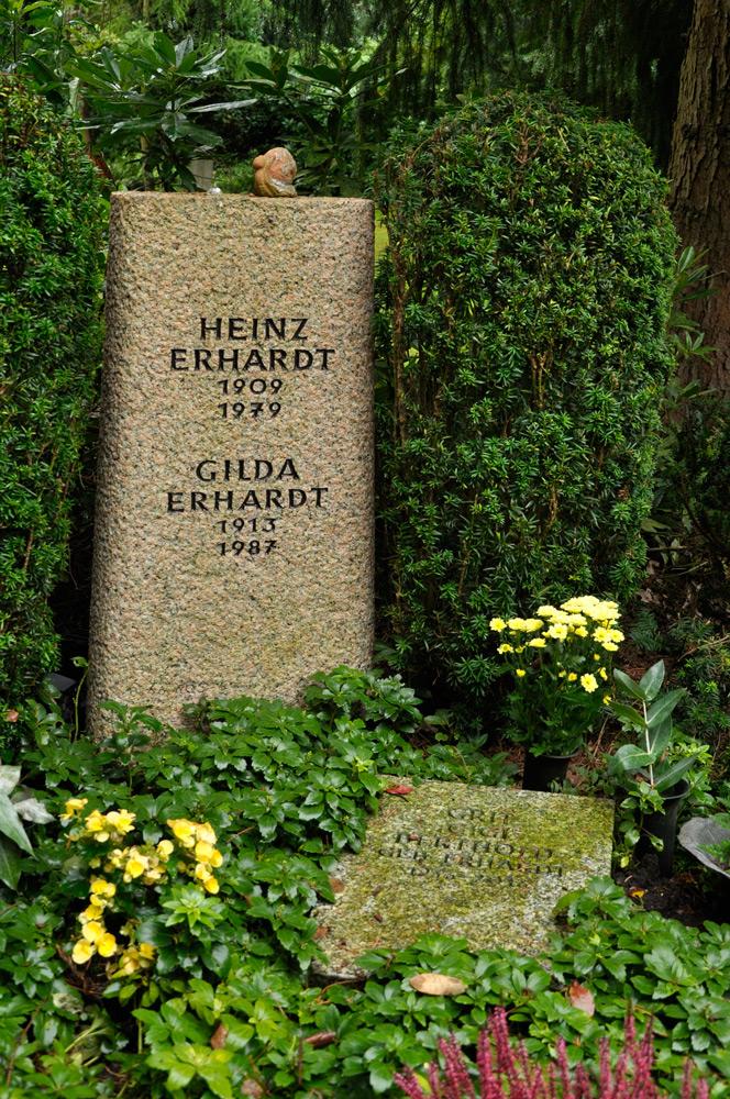 Hamburg_Friedhof_200917_Erhardt_0016