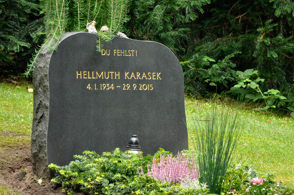 Hamburg_Friedhof_Karasek_0034