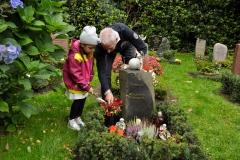 Hamburg_Friedhof_160917_0132_ret_WEB