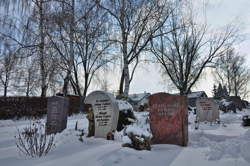 Friedhof im Schnee - Hausen an der Zaber (Landkreis HN)