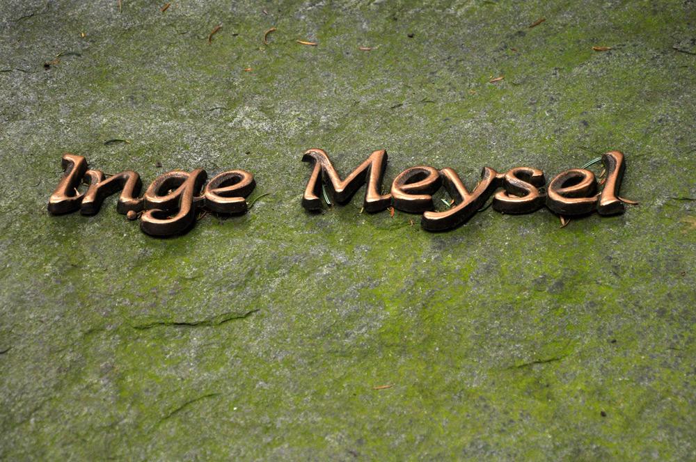 Grab von der Schauspielerin Inge Meysel, Hamburg-Ohlsdorf