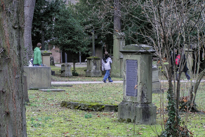 Hoppenlauf-Friedhof, Stuttgart